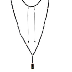 Evil eye rosary set with 14-karat yellow gold beads and motif. The rosary is made of 3mm black onyx stones. Macrame closure. It is a piece that can be worn by both men and women.