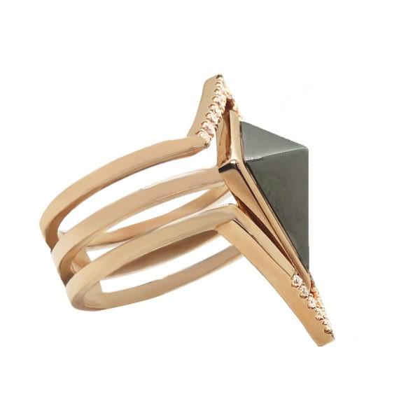 ROSE GOLD PYRAMID RING
